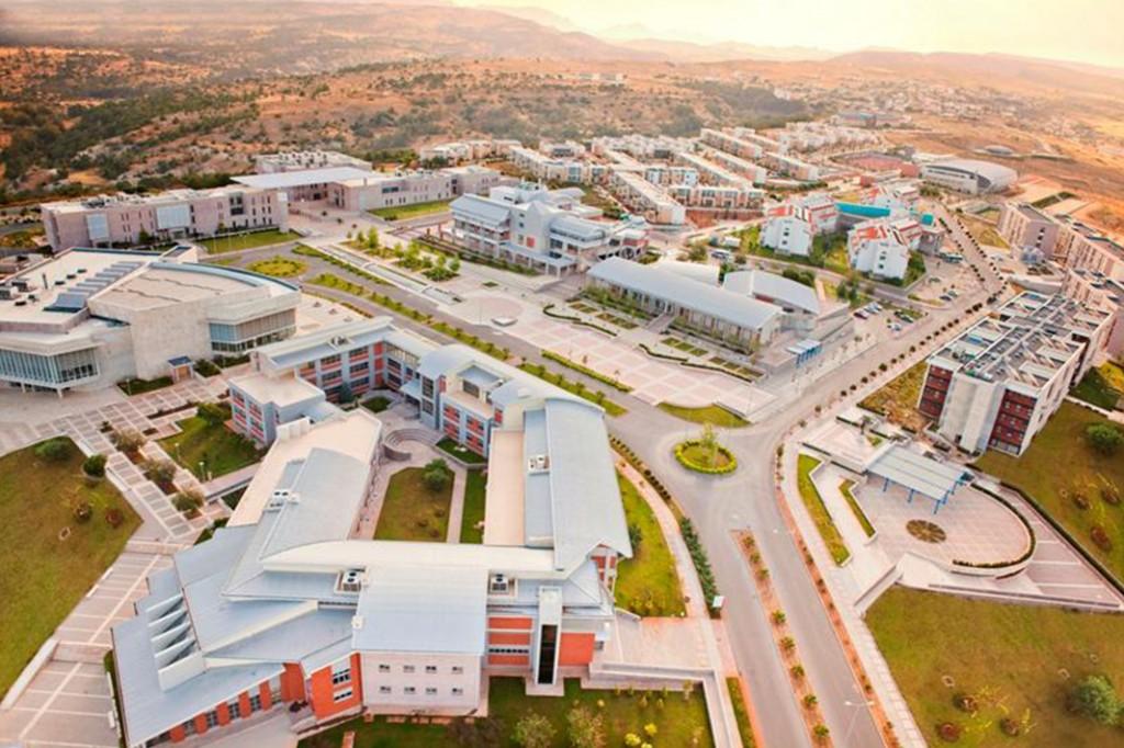 Где жить при получении высшего образования на Северном Кипре?