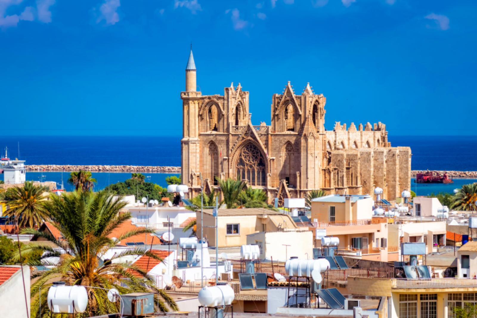 Фамагуста – самый яркий город на Кипре